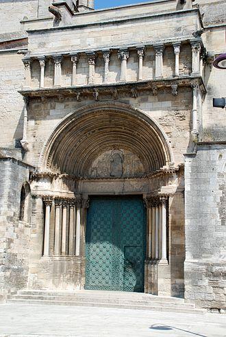 Église Sainte-Marthe de Tarascon - Romanesque southern portal
