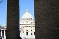 San Pietro - Colonne.JPG