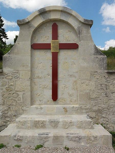 Sancy-les-Cheminots (Aisne) jardin de mémoire croix Quentin Roosevelt