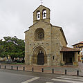Santa Mª de la Oliva (Villaviciosa, Asturias). Fachada principal.jpg