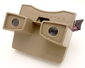 View-Master - A model G View-Master viewer from the last years of the Sawyer's era