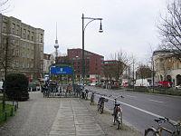 Schönhauser Allee PB looking S Senefelderplatz.jpg