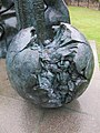 Sculpture by Jens Flemming Sørensen (Geograph-2218960-by-Bill-Nicholls).jpg