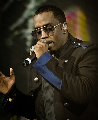 Puff Daddy performing in 2010 Sean Combs 2010.jpg