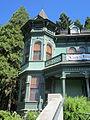 Shelton McMurphey Johnson House, Eugene (2012) - 2.JPG