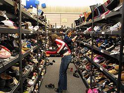 Lucky Shoe Store Easton