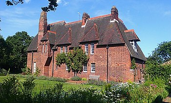 Red_House,_Bexleyheath on By Philip Webb Red House