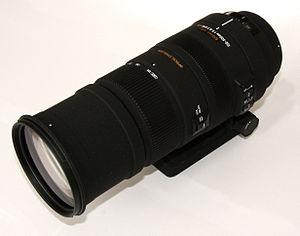Telephoto lens - A 150–500mm telephoto zoom lens