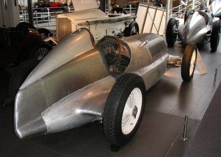Silberpfeil-W25 1934 Rueckansicht