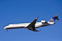 SkyWest for United Express - N745SK (8216103318).jpg