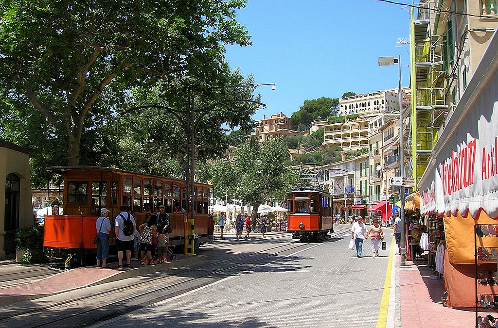 Soller , Majorca , Sea front trams - panoramio
