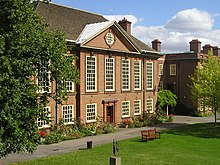 Somerville College (cropped).jpg