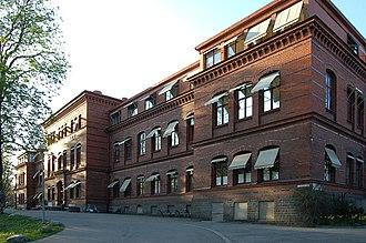 Sophiahemmet - Image: Sophiahemmet Stockholm östhörn 20060509