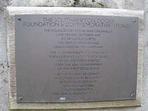 Southampton Docks commemorative plaque.JPG