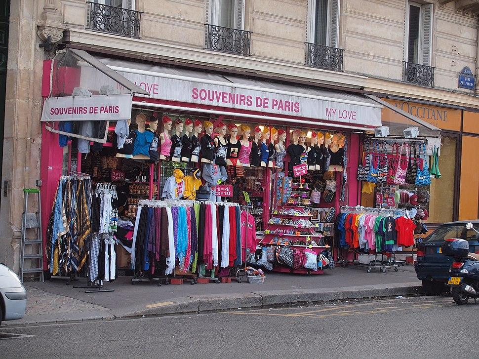 Souvenirs de Paris, Quai aux Fleurs (Paris) 2010-07-29