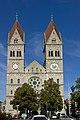 St. Benno - München - Südansicht.jpg
