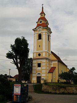 Starý Petřín, kostel Stětí sv. Jana Křtitele.jpg