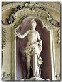 Statua di dea.jpg