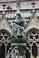 Statue in Pandhof Utrecht.JPG