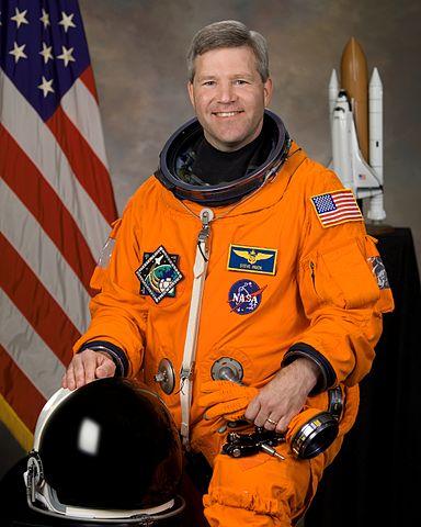 Astronaut Stephen N. Frick, STS-122 commander, NASA photo (9 July 2007) Source: Wikipedia 384px-Stephen_frick-2007.jpg