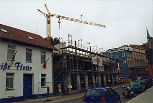 Stralsund, Fährstraße 16, Ecke Wasserstraße (2004-07), by Klugschnacker in Wikipedia.jpg