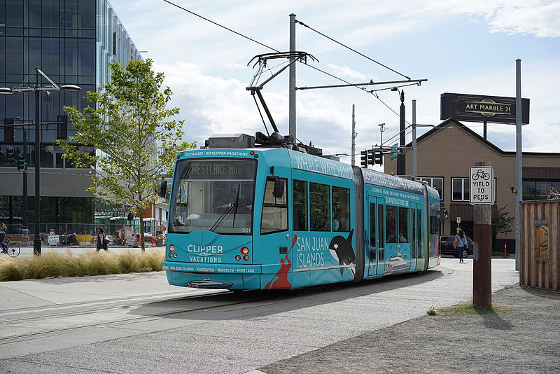 File:Streetcar 301 in South Lake Union, Seattle.jpg