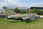 Sukhoi Su-22M-4 '3005' (16223979144).jpg