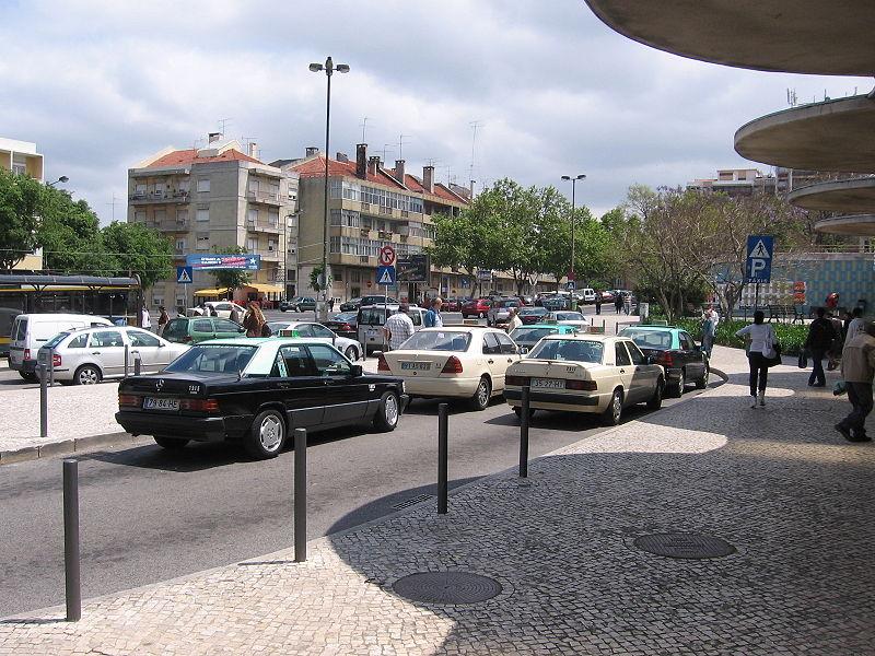 Pegar táxi no aeroporto de Lisboa