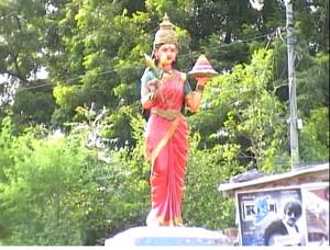 Jaya Jaya He Telangana - Telangana Talli Statue
