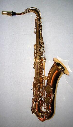 En tenorsaksofon (en: The tenor saxophone) (fr...