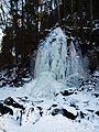 Terezčino údolí - zmrzlý vodopád - panoramio (2).jpg