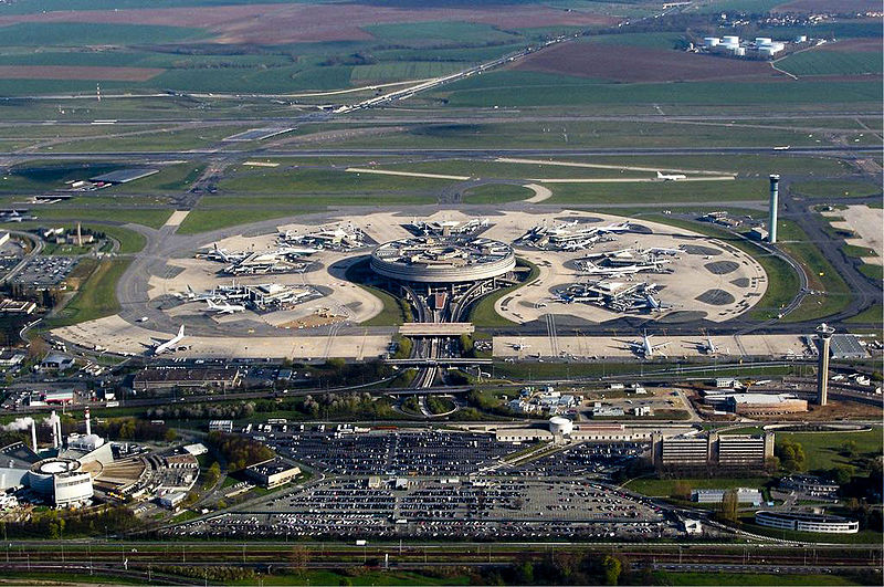 Datei:Terminal 1 of CDG Airport.jpg