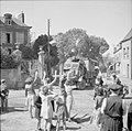 The British Army in Normandy 1944 B9630.jpg