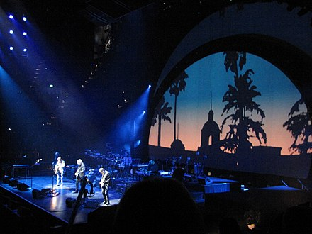 "The Eagles performing ""Hotel California"" in Australia during their Long Road Out of Eden Tour The Eagles in concert - 2010 Australia.jpg"