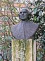 The John Hunter Bust, Lincoln's Inn Fields - London. (cropped).jpg