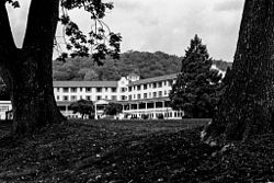 Shawnee Inn, as seen from the banks of the Delaware River, September 2012