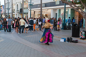 Third Street Promenade (5847769364).jpg