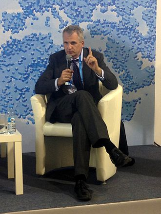 Timothy D. Snyder - Snyder at the Yalta European Strategy annual meeting, 2014