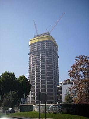 Gran Torre Santiago - Image: Torre Gran Costanera Junio 2010