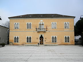 Town hall (Ceregnano).jpg