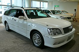 Toyota Crown Estate 01.jpg
