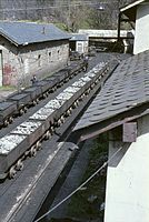 Train berlines Villaseca avril 1983-n.jpg