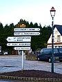 Trouville-la-Haule-FR-27-panneaux indicateurs-01.jpg