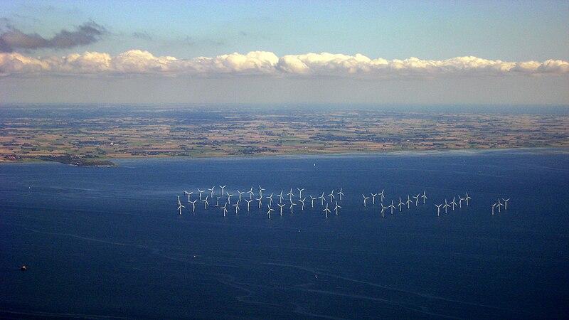 File:Turbiny wiatrowe w Szwecji, 2011 ubt.JPG