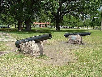 "Smoothbore - Replica of ""Twin Sisters"" smoothbores used in the Battle of San Jacinto (1836)"