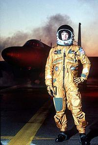a2e41709fc3f Pressure suit - Wikipedia