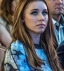 UNA FODEN AT RTE's WINTER SEASON LAUNCH (SMOCK ALLEY THEATRE) REF-107005 (19922574374).jpg