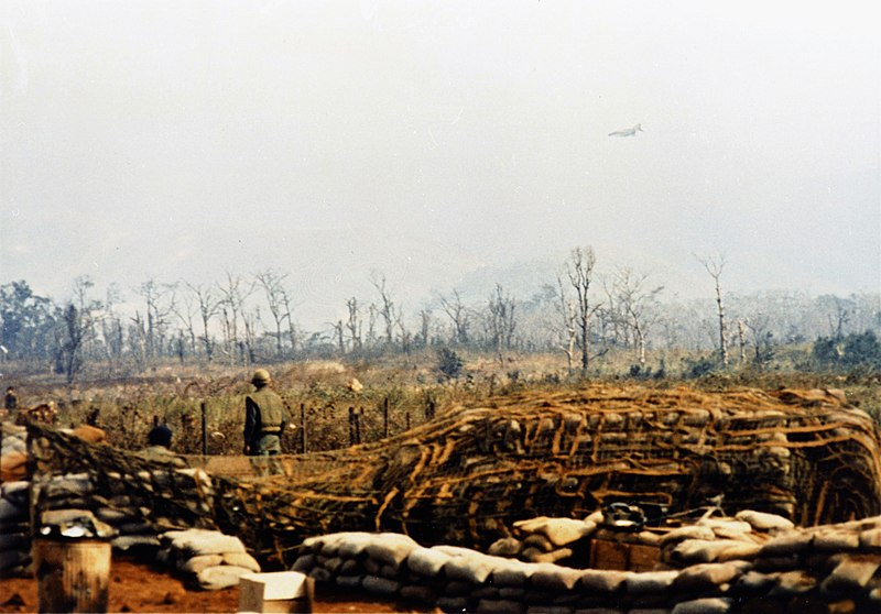 File:USAF F-4 Phantom over Khe Sanh 1968.jpg