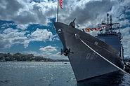 USS Chosin (CG-65) at Barangaroo during the International Fleet Review 2013