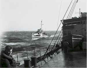 USS MacLeish (DD-220) - MacLeish as a convoy escort, c. 1944.